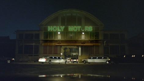 HOLY MOTORS - Still 12