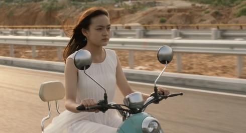 ANGELS WEAR WHITE STILL 2 (c) 22 Hours Films