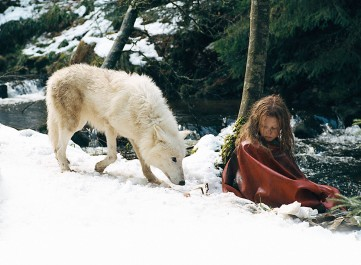 SURVIVING WITH WOLVES - Still 2