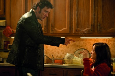 BLOOD TIES - Still 10